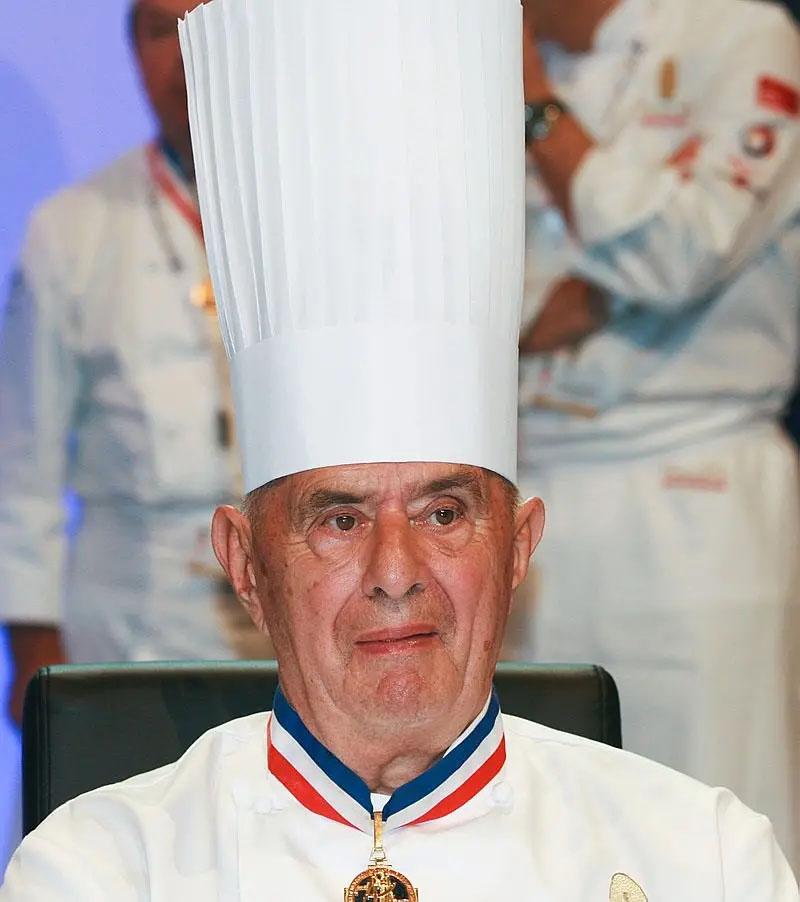 全球餐饮界教皇Paul Bocuse及他获得的第十届最佳手工业者奖状