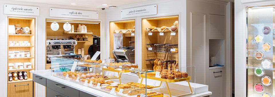 遍布巴黎的雷诺特零售店